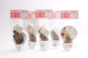デッドストックのカップとラスクを組み合わせた、ラスクセット(価格 1,470円)。人気商品が生まれた背景を紹介します。